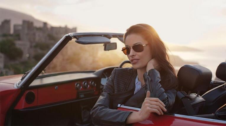 Kacamata Hitam Menyetir Mobil 3